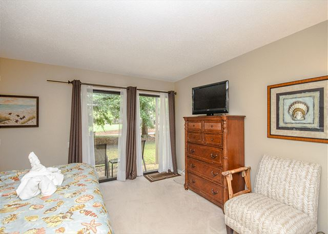 Water Oak 24, 2 BR, 3BA, Golf View, Large Pool, WiFi, Sleeps 8 - More storage room - HiltonHeadRentals.com