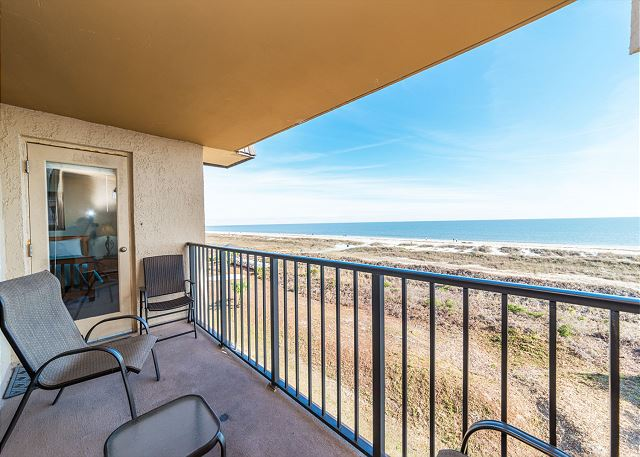 Island Club 5402, 2 Bedroom, OceanFront, Large Pool, Sleeps 8 Picture