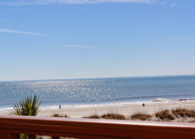 Beach & Tennis Admirals Row 309, 2 Bedroom, Ocean View, Sleeps 6 - You are going to love our amazing view!!! - HiltonHeadRentals.com
