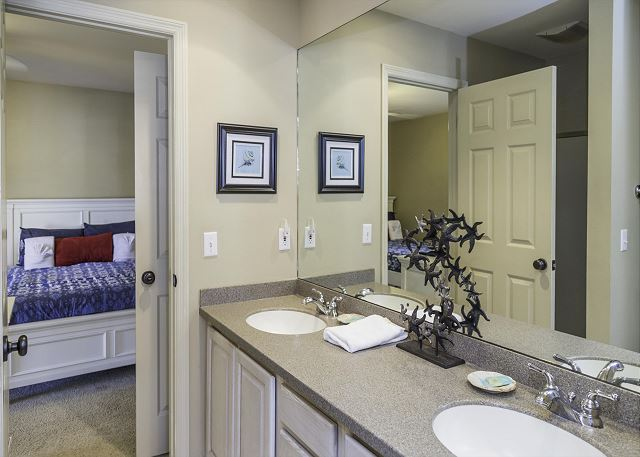 Bradley Beach 40, 4 Bedrooms, Private Pool, Walk to Ocean - Elegant and Convenient - HiltonHeadRentals.com