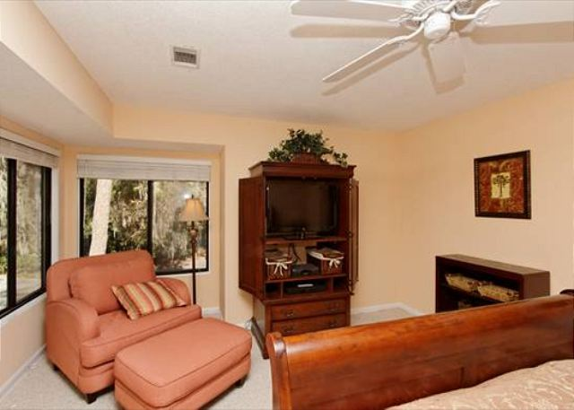 Beachwalk 186, 1 Bedroom, Pool, Near Beach, Sleeps 4 - An oasis of relaxation - HiltonHeadRentals.com