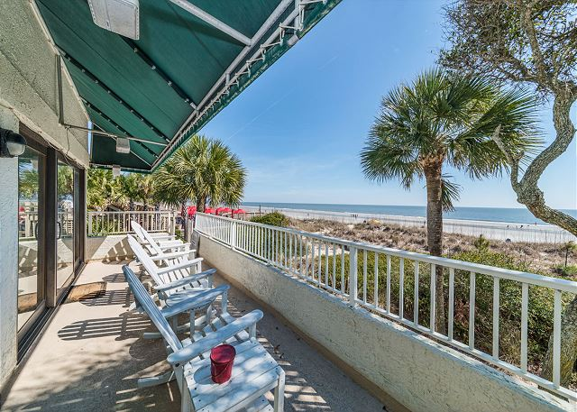 Beach Villa 8, 3 Bedrooms, Ocean Front, Pool, Sleeps 12 - Breathtaking Sights - HiltonHeadRentals.com
