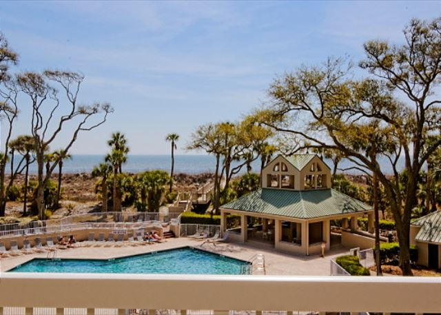 Barrington Arms 205, 3 Bedrooms, OceanView, Pool & Spa, Sleeps 8 - Barrington Arms 205 - HiltonHeadRentals.com