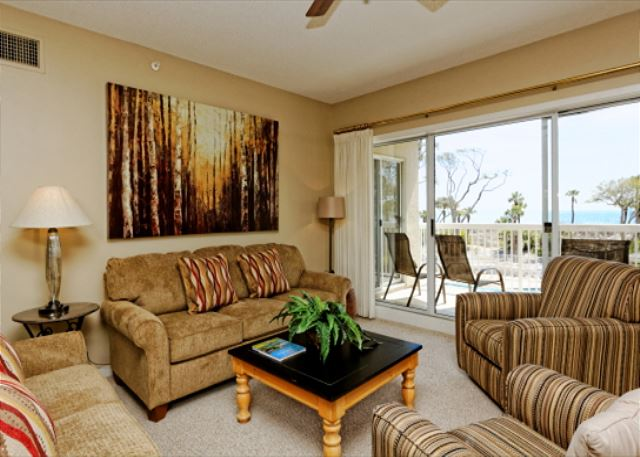 Barrington Arms 205, 3 Bedrooms, OceanView, Pool & Spa, Sleeps 8 - Living Room - - HiltonHeadRentals.com