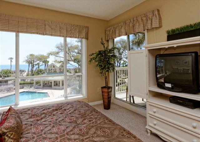 Barrington Arms 205, 3 Bedrooms, OceanView, Pool & Spa, Sleeps 8 - TV Time - HiltonHeadRentals.com