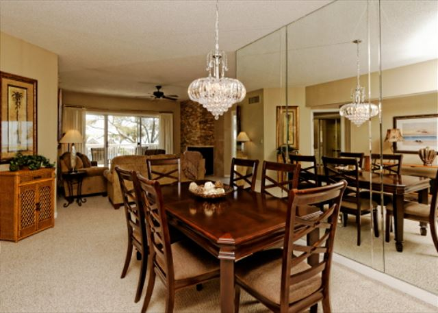 Barrington Arms 205, 3 Bedrooms, OceanView, Pool & Spa, Sleeps 8 - Food Time! - HiltonHeadRentals.com