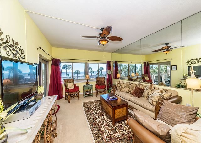 Captains Walk 436, Oceanfront, 2 Bedroom, Large Pool, Sleeps 6 - Every seat is the best seat in our living room! - HiltonHeadRentals.com