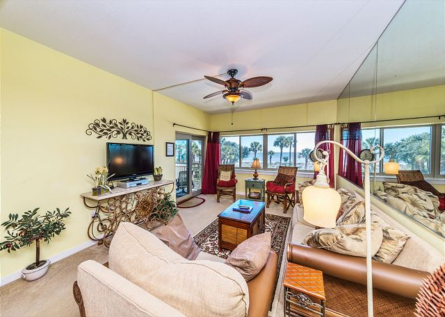 Captains Walk 436, Oceanfront, 2 Bedroom, Large Pool, Sleeps 6 - You'll look forward to nights at home - HiltonHeadRentals.com