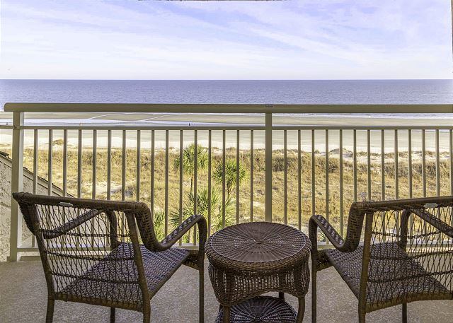 Captains Walk 484, 2 Bedrooms, Oceanfront, Large Pool, Sleeps 6 Picture