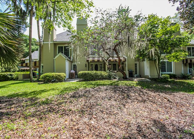 Evian 109, Updated 2 Bedrooms, Pool, Tennis, Sleeps 6 - Evian 109 - HiltonHeadRentals.com