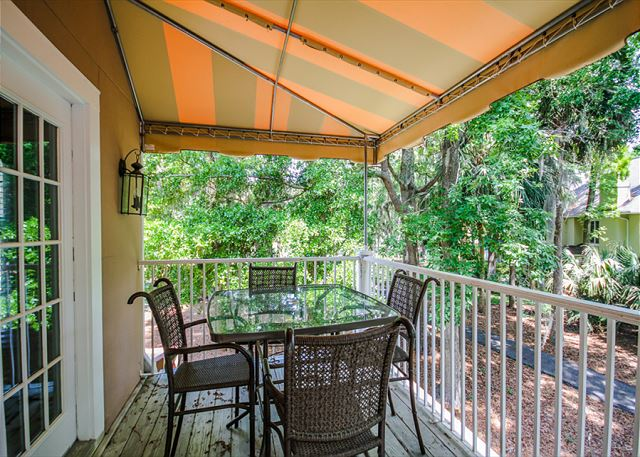 Evian 123, 2 Bedrooms, Lagoon View, Pool, Sleeps 6 - Patio - HiltonHeadRentals.com