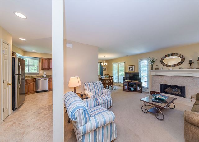 Evian 298, Ground Floor, 2 Bedrooms, Pool, Sleeps 8 - Perfect Family Accommodations  - HiltonHeadRentals.com