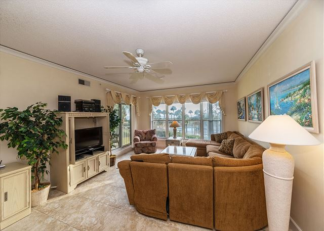 Hampton 6107, 2 Bedroom, Oceanfront View, Large Pool, Sleeps 6 - Living Room - HiltonHeadRentals.com
