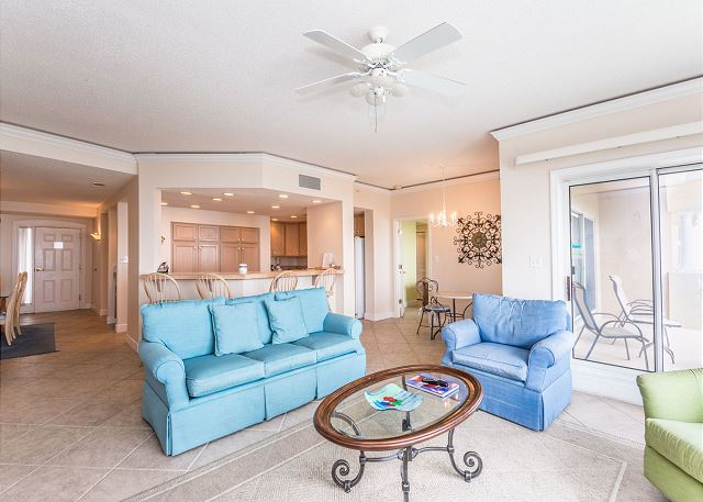 Hampton 6508, 3 Bedroom, Ocean Front View, Ocean Pool & Hot Tub - Open Floor - HiltonHeadRentals.com