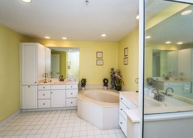 Hampton 6508, 3 Bedroom, Ocean Front View, Ocean Pool & Hot Tub - The master bath is like a private spa - HiltonHeadRentals.com