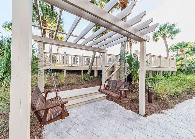 Hampton 6508, 3 Bedroom, Ocean Front View, Ocean Pool & Hot Tub - Relax among the peaceful landscape - HiltonHeadRentals.com