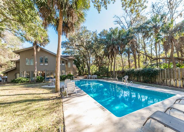 Hickory Lane 1, 6 Bedroom, Private Pool, Near Beach, Sleep 21 Picture