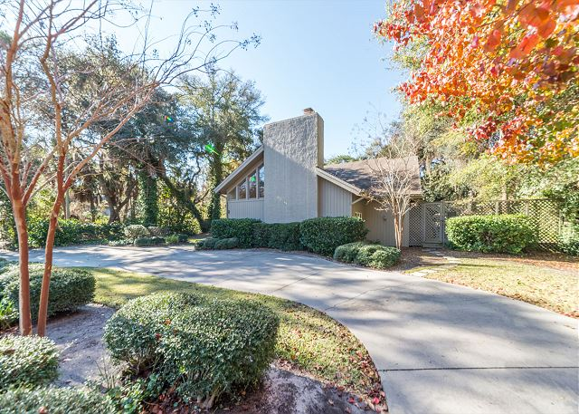 Hickory Lane 1, 6 Bedroom, Private Pool, Near Beach, Sleep 21 -  - HiltonHeadRentals.com