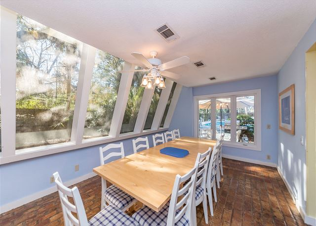 Hickory Lane 1, 6 Bedroom, Private Pool, Near Beach, Sleep 21 - Dining Room - HiltonHeadRentals.com