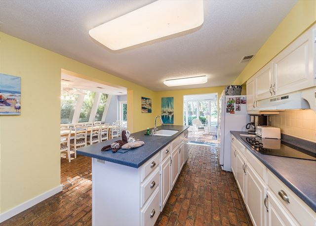 Hickory Lane 1, 6 Bedroom, Private Pool, Near Beach, Sleep 21 - Kitchen - HiltonHeadRentals.com