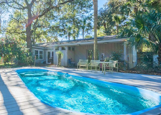 Hickory Lane 4, 3 Bedroom, Private Pool, Near Beach, Sleeps 8 Picture