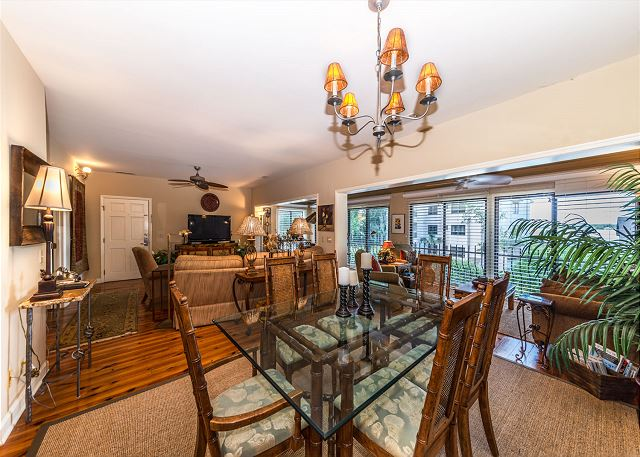 Harbour South 1103, 3 Bedroom, Golf View, Pool, Tennis, Sleeps 6 - Dine Together - HiltonHeadRentals.com