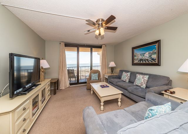 Island Club 5402, 2 Bedroom, OceanFront, Large Pool, Sleeps 8 - Balcony Access - HiltonHeadRentals.com