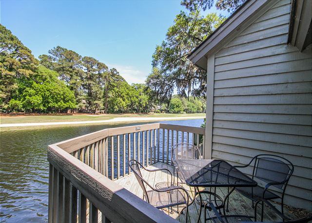 Inland Harbour 2429, 2 Bedrooms, Golf View, Pool, Sleeps 8 - Back Deck - HiltonHeadRentals.com