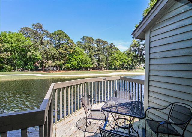 Inland Harbour 2429, 2 Bedrooms, Golf View, Pool, Sleeps 8 - Get lost in the view of the lagoon - HiltonHeadRentals.com