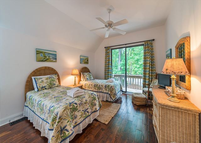 North Sea Pines Drive 23, 4 Bedroom, Private Pool, Sleeps 12 - Second Bedroom has lots to offer.  - HiltonHeadRentals.com