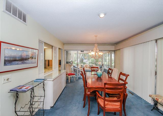 North Sea Pines Drive 70, 6 bedroom, Private Pool, Sleeps 16 - Dining Room - HiltonHeadRentals.com
