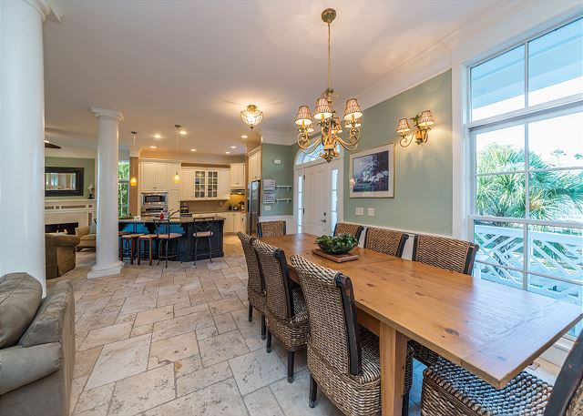 Roadrunner 2, 6 Bedrooms, Private Pool, Spa, OceanView, Elevator - The Cheery Dining Table Seats A Crowd! - HiltonHeadRentals.com