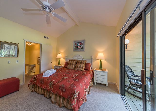 Shipmaster 306, 2 Bedrooms, Golf View, Tennis, Pool, Sleeps 6 - Master Retreat - HiltonHeadRentals.com