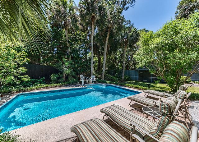 Surf Scoter 20, 4 Bedrooms, Private Pool WiFi, Sleeps 14 - An Oasis of Relaxation - HiltonHeadRentals.com