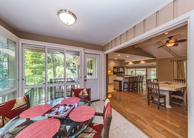 Surf Scoter 20, 4 Bedrooms, Private Pool WiFi, Sleeps 14 - Dining Area - HiltonHeadRentals.com