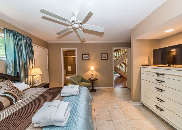 Surf Scoter 20, 4 Bedrooms, Private Pool WiFi, Sleeps 14 - Comfort Just Oozes - HiltonHeadRentals.com
