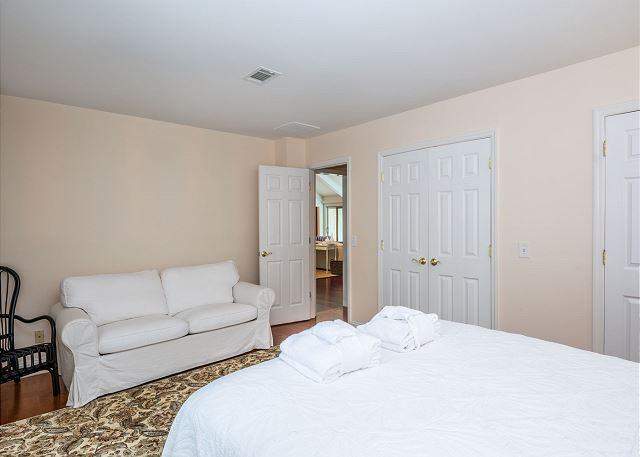 Swing About 1, 3 Bedrooms, Palmetto Dunes Pool Access, Sleeps 8 - Catch Up On Your Beauty Sleep - HiltonHeadRentals.com