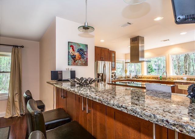 Swing About 1, 3 Bedrooms, Palmetto Dunes Pool Access, Sleeps 8 - Comfortable Mornings - HiltonHeadRentals.com