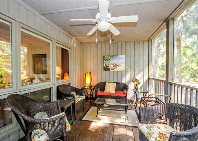 Tennismaster 1201, 3 Bedrooms, Pool, Tennis, Porch, Sleeps 10 - Chat it up! - HiltonHeadRentals.com
