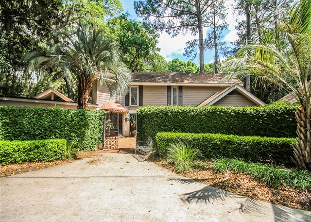 Turnberry Lane 30, 4 Bedrooms, Private Pool, Spa, Sleeps 12 - Turnberry 30 - HiltonHeadRentals.com