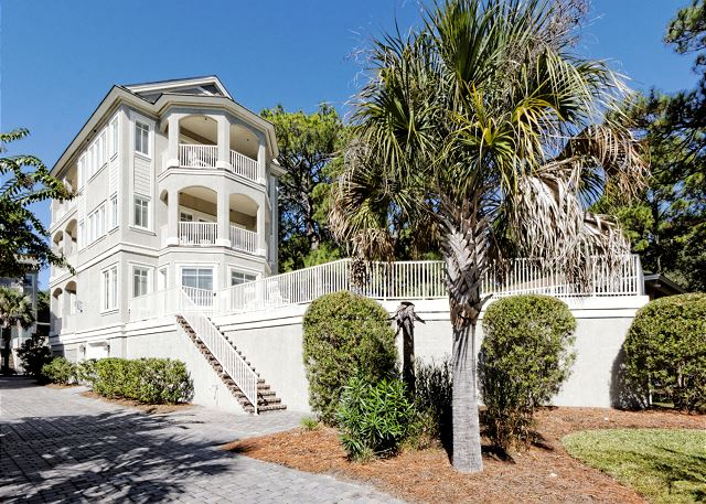 Urchin Manor 3, 6 Bedrooms, Oceanview, Pool, Elevator, Sleeps 18 - Welcome to Paradise at Urchin 3! - HiltonHeadRentals.com
