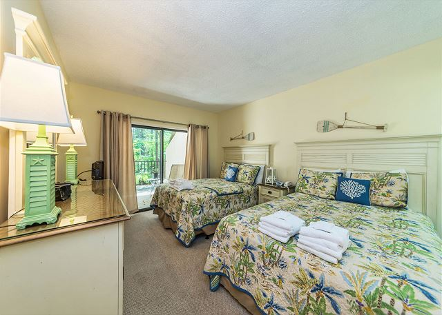 Village House 107, 2 Bedrooms, Pet Friendly, Pool, Sleeps 7 - This Is A Dreamy Retreat - HiltonHeadRentals.com