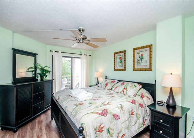 Villamare 2412, 2 Bedrooms, Outdoor & Indoor Pool, Spa, Sleeps 8 - Get some rest - HiltonHeadRentals.com