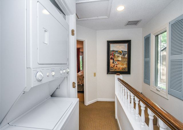 Waterford D-5, 2 Bedrooms, Pool, Golf View, Tennis, Sleeps 6 - Washer and Dryer - HiltonHeadRentals.com