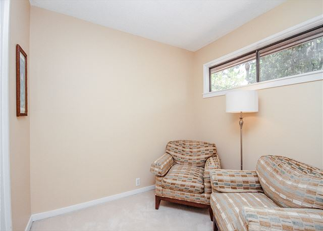 Water Oak 24, 2 BR, 3BA, Golf View, Large Pool, WiFi, Sleeps 8 - Relaxation - HiltonHeadRentals.com