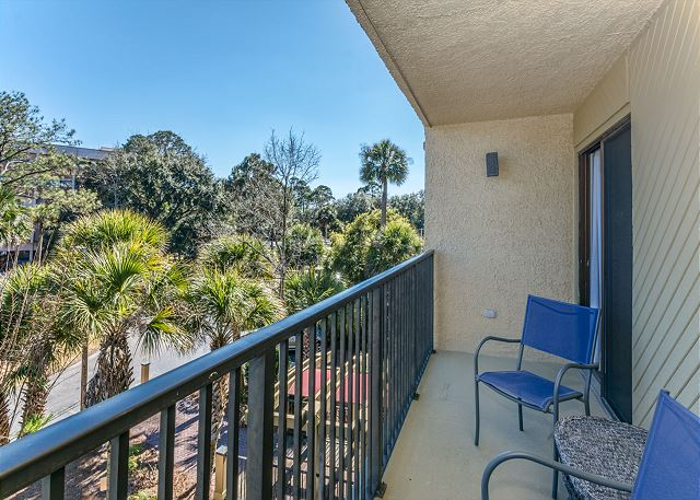 Xanadu 12-B, 3 Bedroom, Pool, Tennis, Walk to Beach, Sleep 8 - Relax by the porch - HiltonHeadRentals.com