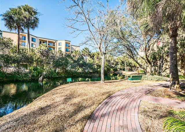 Xanadu 12-B, 3 Bedroom, Pool, Tennis, Walk to Beach, Sleep 8 - Make plans for an adventure! - - HiltonHeadRentals.com