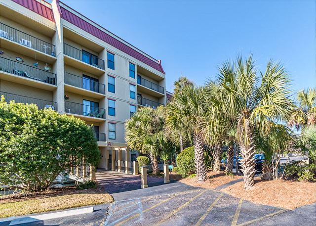 Xanadu 20-A, 3 Bedroom, Pool, Tennis, Walk to Beach, Sleeps 8 - Wish you were here? - HiltonHeadRentals.com