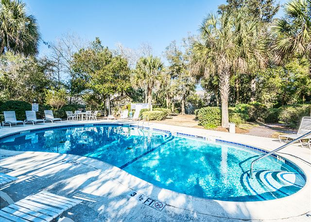 Xanadu 19-A, 2 Bedroom, Large Pool, Walk to Beach, Sleeps 8 - Take a swim, keep cool in the Xandau pool - HiltonHeadRentals.com