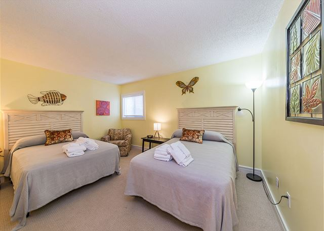 Xanadu 19-A, 2 Bedroom, Large Pool, Walk to Beach, Sleeps 8 - Catch Up On Your Beauty Sleep - HiltonHeadRentals.com